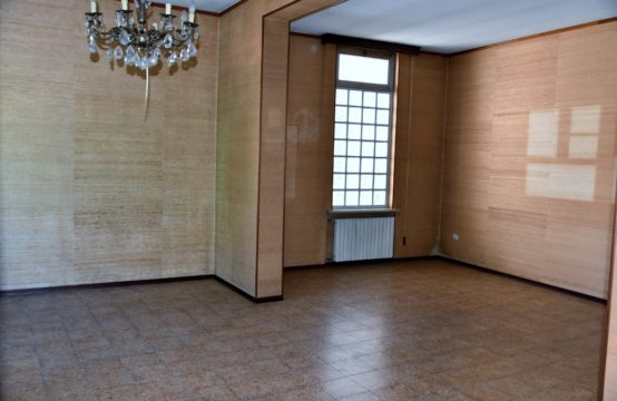 Casa indipendente a Galliate a 90.000 €